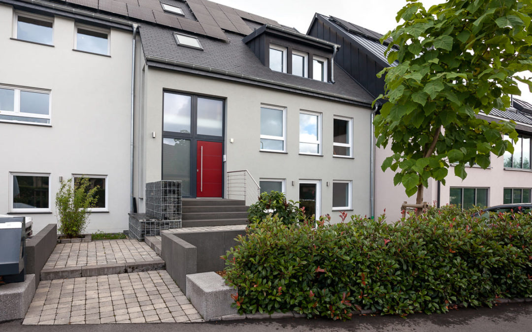 Neubau Einfamilienwohnhaus mit Tierarztpraxis Consdorf